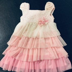 Isobella & Chloe pink and white frilly dress